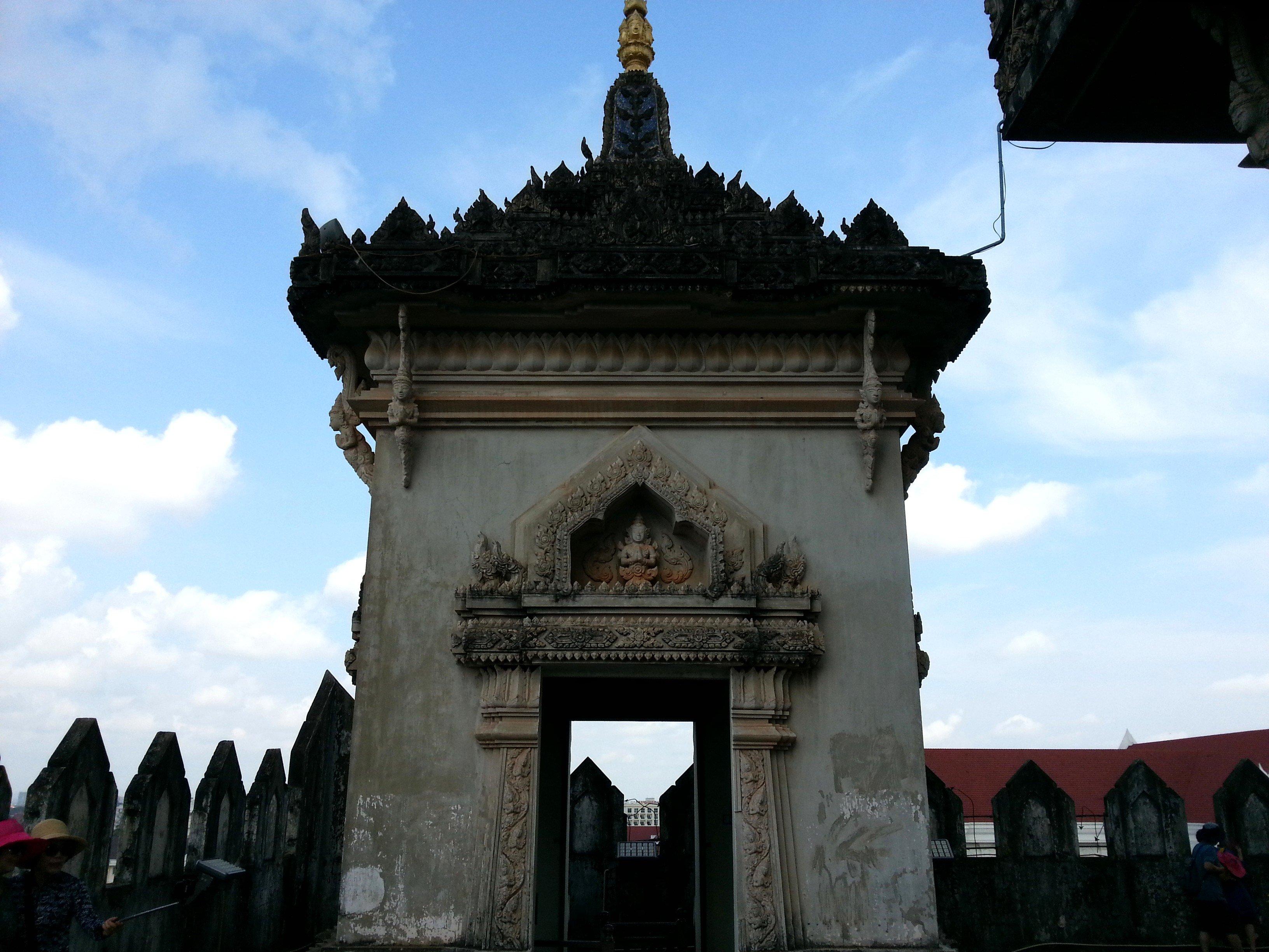 Stupa on top of the Patuxai Monument
