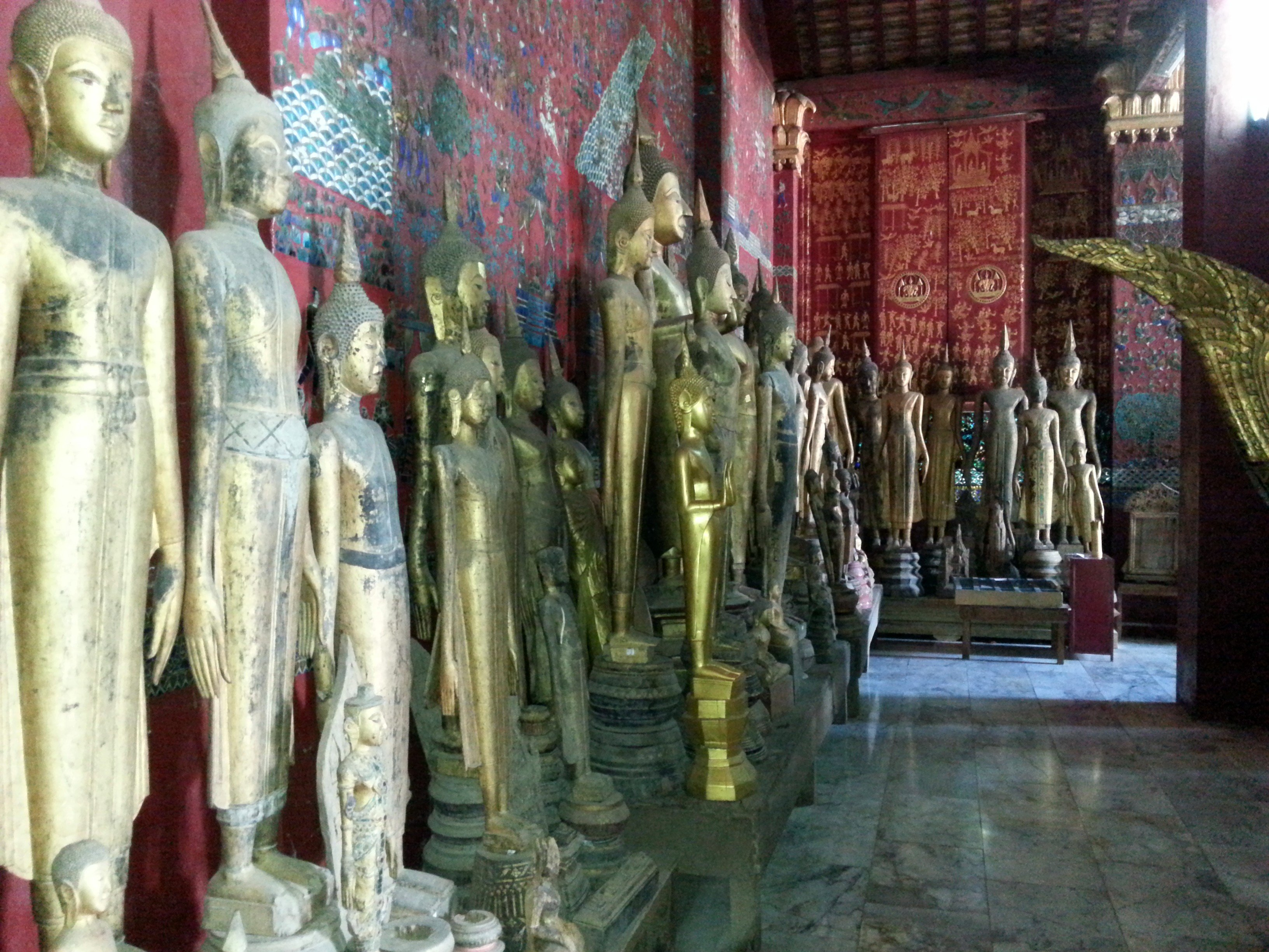 Buddha statues in the Chariot Hall