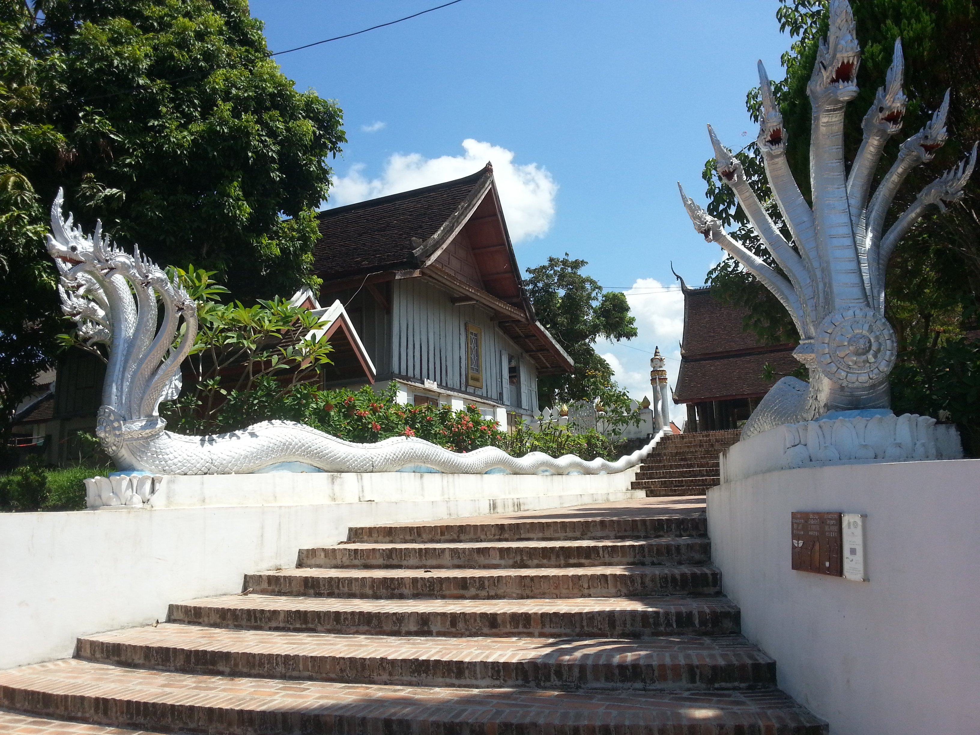 Staircase leading up to Wat Mahathat