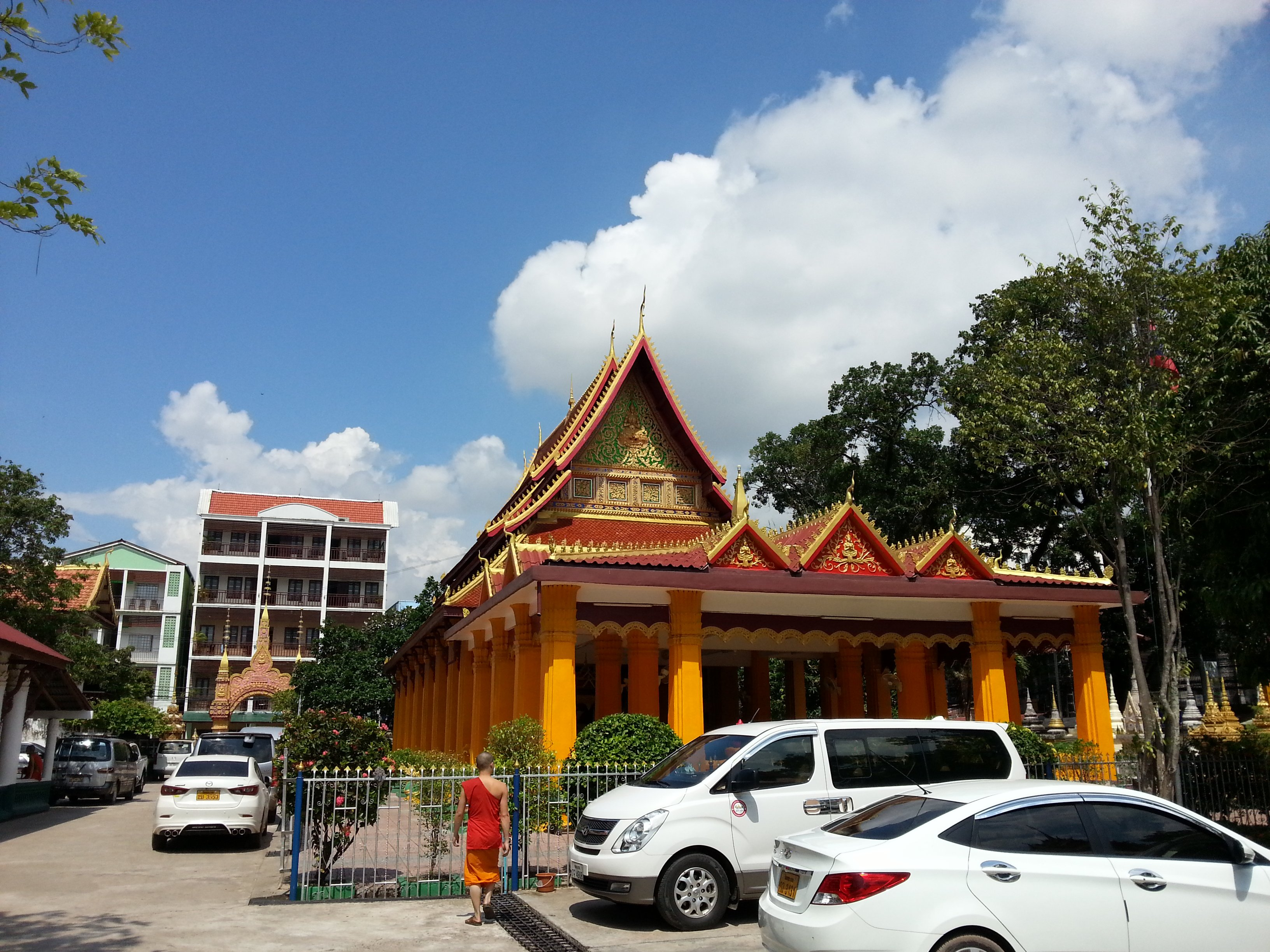 Main temple building at Wat Mixai