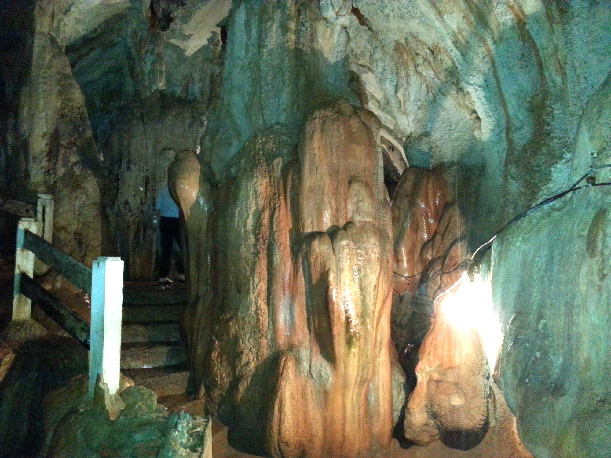 Staircase down into Tham Chang Cave