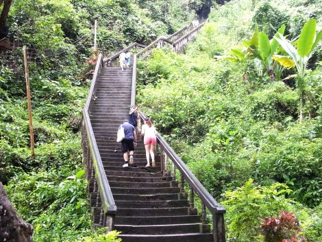 Stairway to Tham Chang Cave
